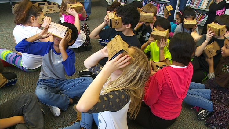 oak-point-students-use-google-cardboard.jpg